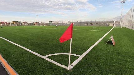 Garliavoje atidarytas stadionas, kuriame – pilnų matmenų aikštė: miestelio klubas nusitaikė į I lygą
