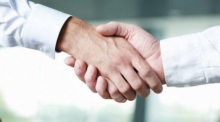 """""""LG Cargo"""" bendradarbiaus su koncernu """"Achemos grupė"""": per 3 metus perveš 30 mln. tonų krovinių"""