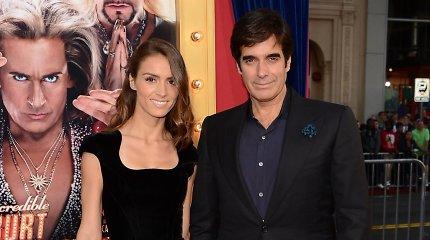 Iliuzionistas Davidas Copperfieldas pasipiršo perpus jaunesnei manekenei Chloe Gosselin