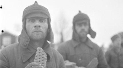 J.Stalinas tūkstančius karių pasmerkė kankinamai mirčiai ir padovanojo Suomiją A.Hitleriui