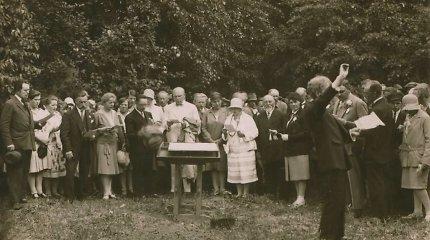 Kenčiantys beržai ir į darbą neinantys Jonai: kaip lietuviai vasaros šventes seniau šventė