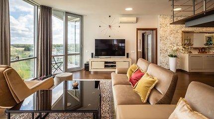 Aruodas.lt: pabangus 6 kambarių butas Šventojoje – su milžiniška terasa, baseinu ir vaizdu į jūrą