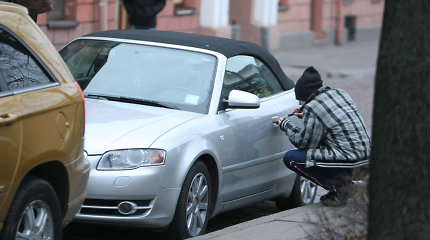 Paauglių pramogos Panevėžyje: pavogdavo automobilius ir juos sudaužę numesdavo kelkraštyje