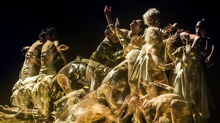 """Tarp šokio ir šokėjo. Lietuviška """"Naujojo Baltijos šokio"""" programa"""