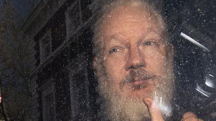 """Julianas Assange'as: kas jis ir kas jam gresia už """"Wikileaks""""?"""