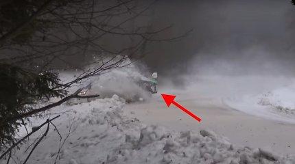 """Giedrius Notkus likus savaitei iki """"Halls Winter Rally"""" patyrė avariją"""