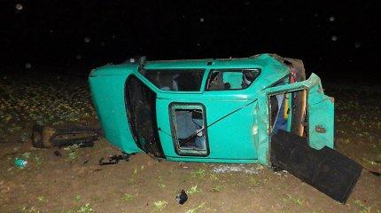 """Drobūkščių kaime žuvo patyrusi """"Peugeot 106"""" vairuotoja, nepraleidusi VW"""