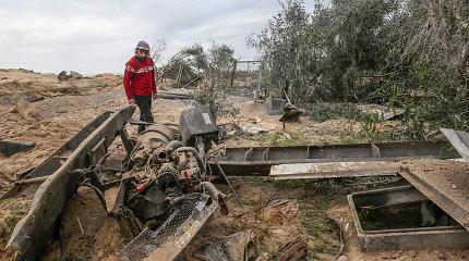 """Po naujo apšaudymo iš Gazos Ruožo Izraelis vėl smogė """"Hamas"""" taikiniams"""