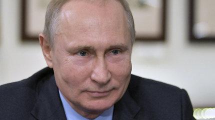 """V.Putinas: Venesuelos opozicijos lyderį palaikantys Vakarai """"išprotėjo"""""""