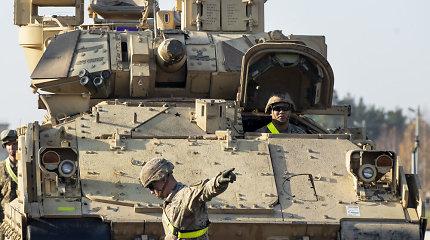 Tikrų vairuotojų dienos suskaičiuotos: JAV sausumos pajėgos diegia naujas technologijas