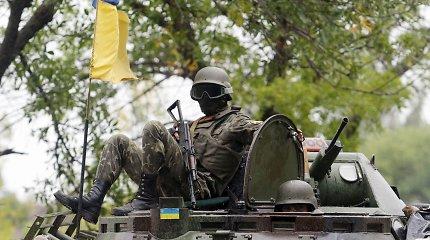 Rytų Ukrainoje per praėjusią parą žuvo trys ukrainiečių kariai, aštuoni sužeisti