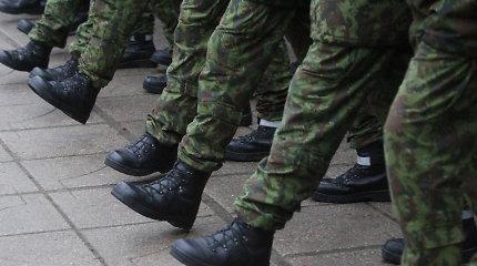 Seimas ieškos būdų panaikinti landai, kuri leidžia išvengti šaukimo į karo tarnybą