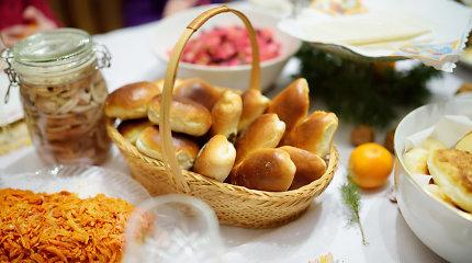 Autentiški dzūkiški švenčių patiekalai: grybų rasalas ir mieliniai pyragėliai