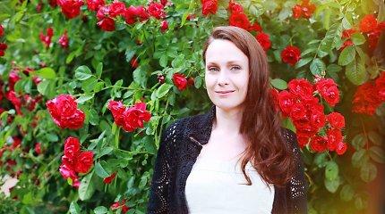 Dainininkė Aistė Smilgevičiūtė apie gimtąją Plungę: Oginskių dvaro parke tuomet buvome reti svečiai