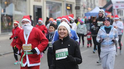 Kalėdiniame bėgime dalyvavo apie 2000 bėgimo entuziastų