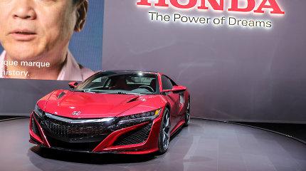 """""""Honda"""" svarsto apie užpakaliniais ratais varomą """"NSX Type-R"""""""