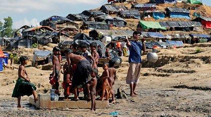 Jungtinės Tautos prašo Dakos stabdyti planus dėl rohinjų grąžinimo į Mianmarą