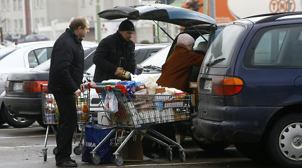 Naujus mokesčius stumiantys valdantieji kopijuoja Lenkiją, bet apie kaimynų PVM nekalba