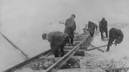 """""""Pylimą tvirtino lavonais"""". Kaip buvo tiesiamas geležinkelis į Vorkutą"""