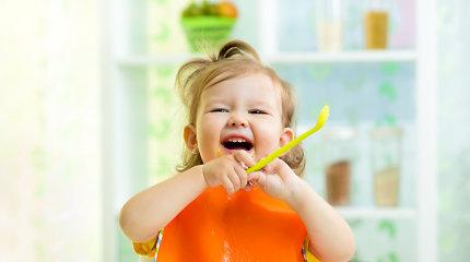 Kūdikių maistas: nesugadinkite natūralių vaiko mitybos įpročių