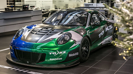 """Lietuvoje – vienas greičiausių pasaulyje """"Porsche"""" gaminamų lenktynių automobilių"""