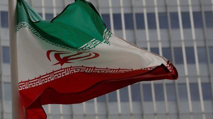 Iranas sako esąs pasirengęs tolesniam apsikeitimui kaliniais su JAV