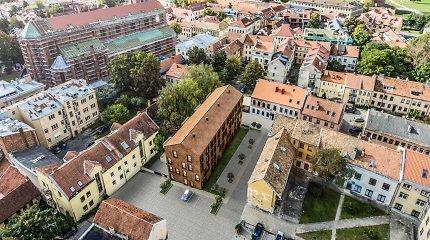 NŽT: prie moderniojo Kauno senamiesčio daugiabučio stovėjimo aikštelė įrengta neteisėtai