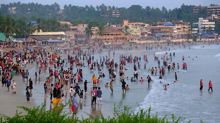 Tropinės Kalėdos pietų Indijoje, kur žvejai surengia karštą paplūdimio vakarėlį