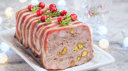 Šventiniam stalui – mėsos paštetai, vyniotiniai ir terinai: 15 receptų