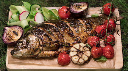 Tobulai vakarienei: azijietiškai marinuotas karpis