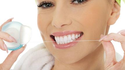 4 įpročiai, kenkiantys širdies veiklai: verta susirūpinti ir burnos higiena