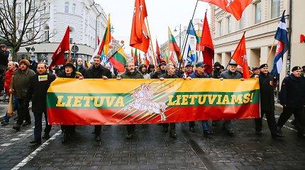 """Vilniuje įvyko tautininkų eitynės – vėl skambėjo """"Lietuva lietuviams"""""""