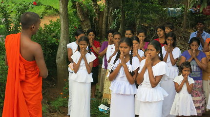 Šri Lanka. Devyniasdešimt devyni spindinčios salos veidai (1)