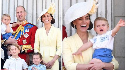 Princo Louiso debiutas: karališkojo parado metu pirmą kartą pamojavo iš Bakingamo rūmų balkono