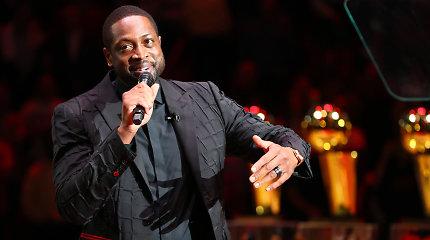 """D.Wade'o marškinėlių iškėlimo ceremonija Majamyje: prisimintas Kobe ir naujas """"Heat"""" rekordas"""