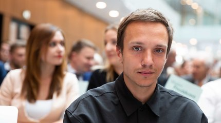 Mitingo prie LRT metu buvo sulaikytas komikas Olegas Šurajevas