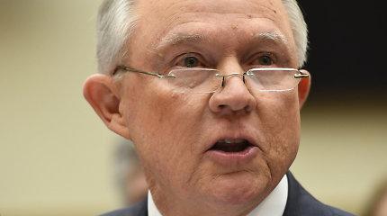 JAV generalinis prokuroras J.Sessionsas neigia melavęs apie D.Trumpo kampanijos ryšius su Rusija
