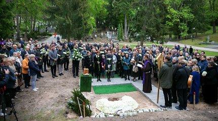 Lietuva išlydi Vytautą Šerėną į paskutinę kelionę