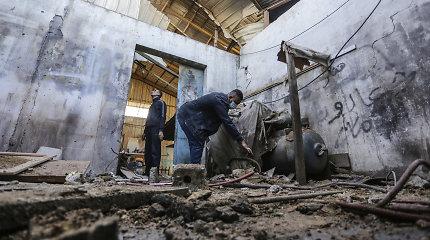 Izraeliui surengus atsakomąjį smūgį po raketų atakos Gazos Ruože sužeisti du palestiniečiai