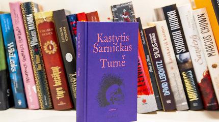 """Knygos recenzija. K.Sarnicko-Kasteto """"Turnė̃"""" – ne apie """"G&G"""", bet apie """"Alkūninį veleną"""""""