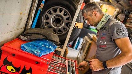 Papasakojo, kodėl Dakaro ralyje mechanikams įrankių reikia daugiau nei klasikiniame ralyje