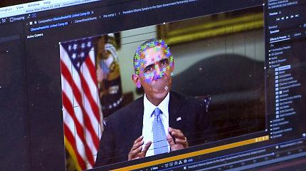 JAV Kongreso nariai: suklastoti vaizdo įrašai kelia pavojų nacionaliniam saugumui