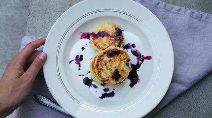 Idėjos vėlyviems savaitgalio pusryčiams: nuo įdomaus omleto iki purių blynelių