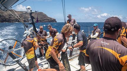 """""""Ambersail 2"""" Antigvos buriavimo savaitę pradėjo su nuotykiais: pavėlavo į startą, bet iškovojo 3 vietą"""