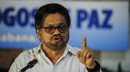 Buvęs Kolumbijos sukilėlių lyderis sako, kad vėl imsis ginklų