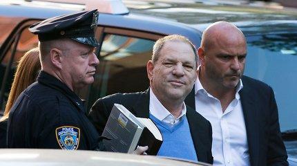 Holivudo magnatas Harvey Weinsteinas nuteistas kalėti 23 metus