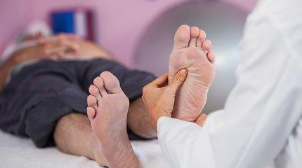 Medicinai laikas apsikuopti: nustatyti 400 iki šiol taikomų prietaisų, procedūrų ir terapijų, kurie nepadeda ir net kenkia