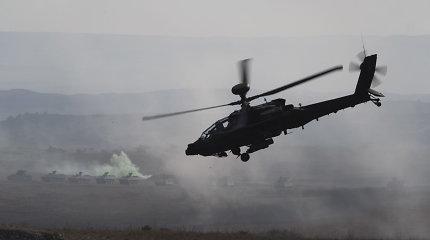 """NATO pajėgas Estijoje sustiprino keturi britų """"Wildcat"""" sraigtasparniai"""
