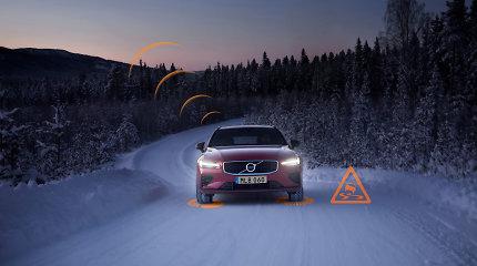 """""""Volvo"""" automobiliai Europoje vieni kitus perspės apie slidžias atkarpas ir kitus pavojus kelyje"""