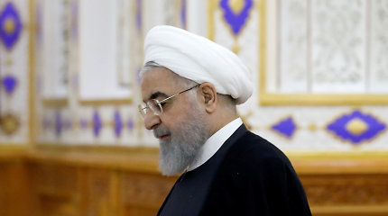 Japonija planuoja kviesti vizito Irano prezidentą Hassaną Rouhani